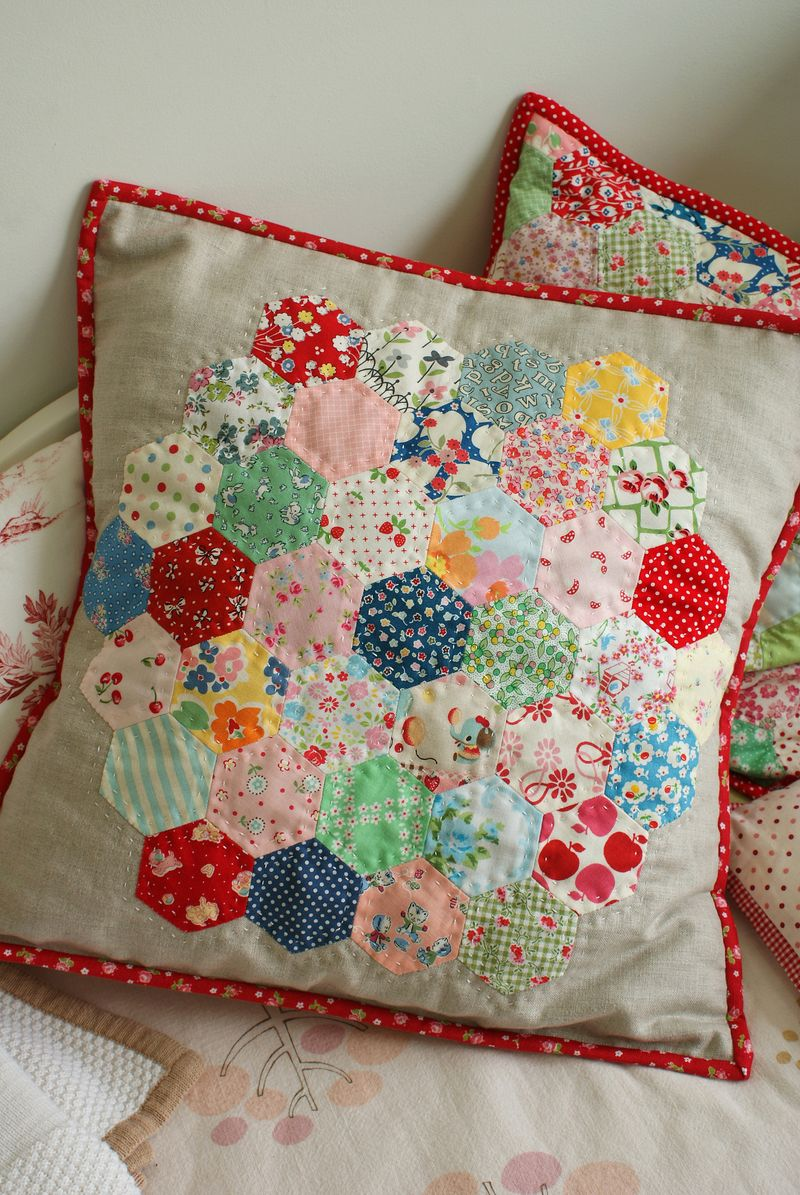 linen and hexagon pillow, handmade by nanaCompany, H370p1