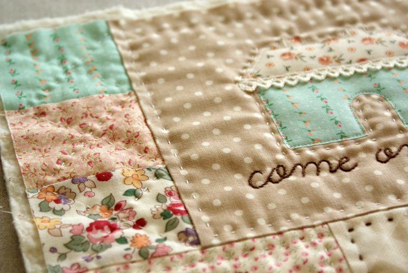 house applique on mini quilt by nanaCompany