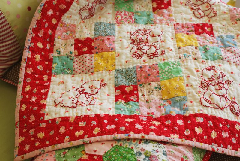 baby animals quilt by nanaCompany, Q183