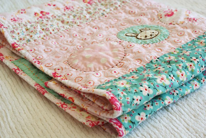 embroidered baby quilt for a girl, handmade by nanaCompany, B086p