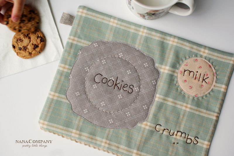 nanaCompany quilted snack mat for cookies and milk