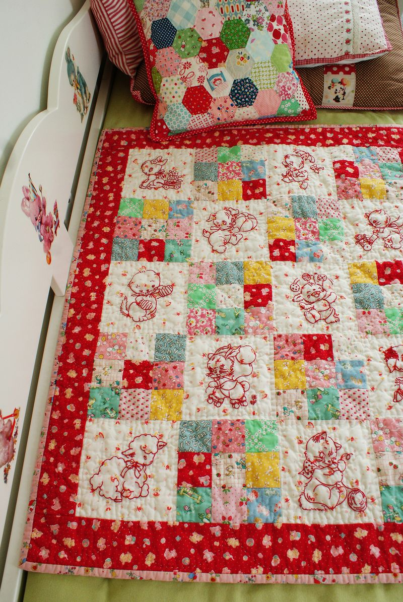 baby animals quilt by nanaCompany, Q078p