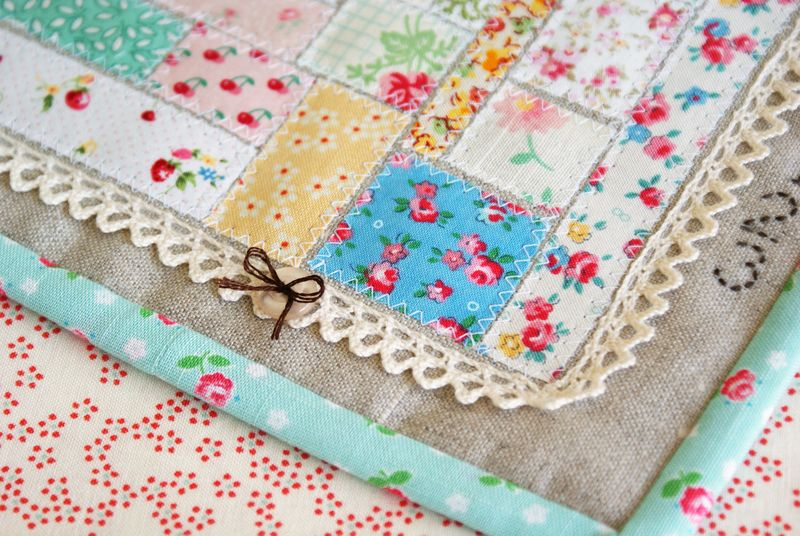 ticker tape patchwork scrap mini quilt by nanaCompany, A1881