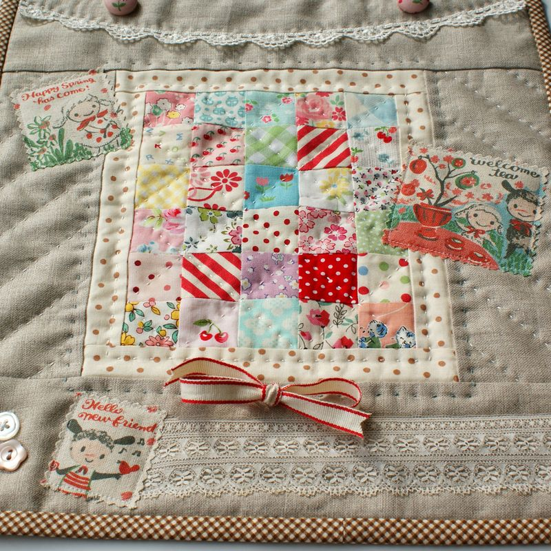 nanaCompany mini quilt featuring Karel Capek fabric, R098p