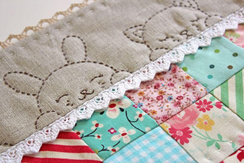sleepy time doll quilt by nanaCompany, Q_0138p