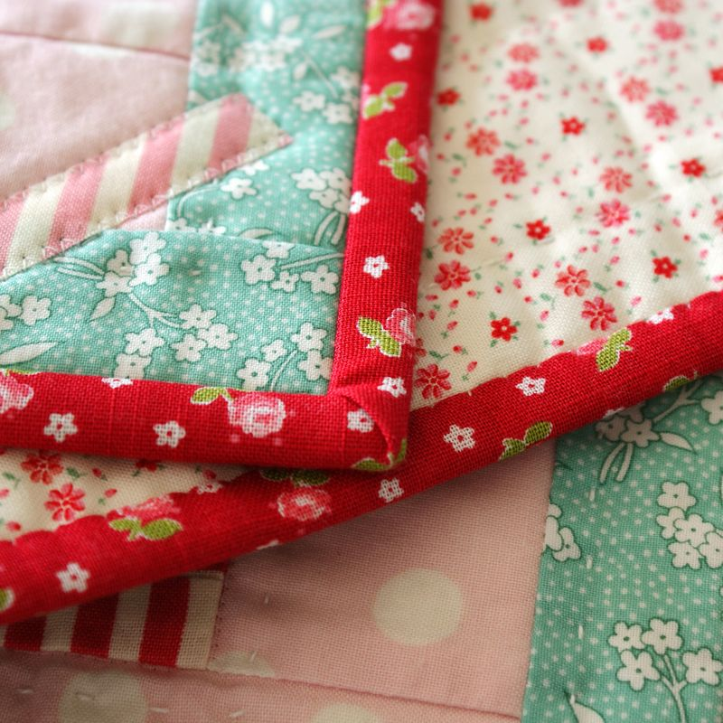 binding and backing of the doll quilt, D030p