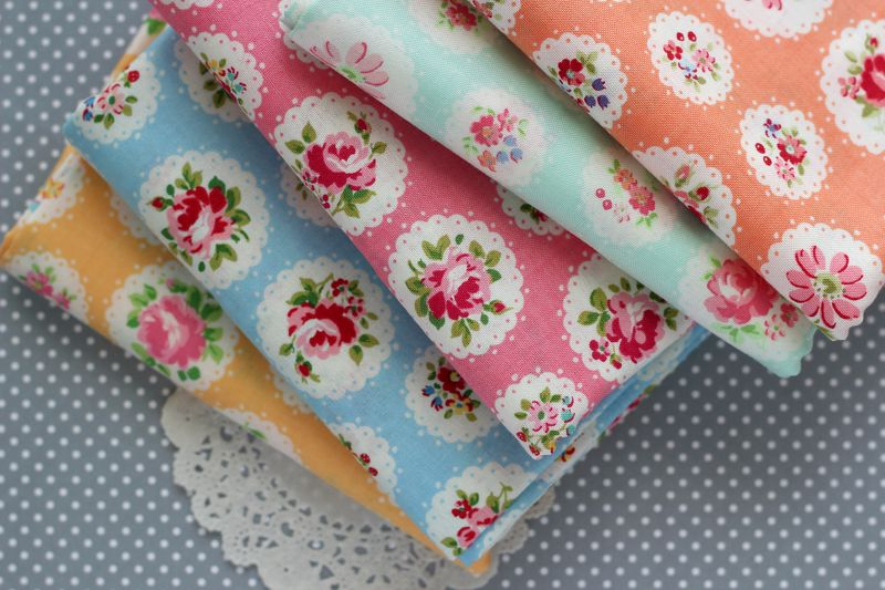 scallop flower fat quarter bundle from Simply Sweet Fabric on etsy