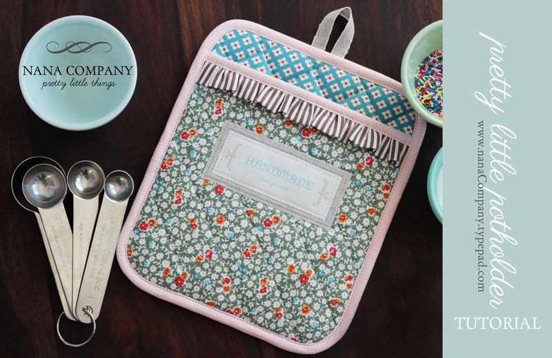 pretty little potholder tutorial :: by nanaCompany