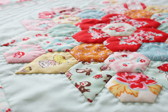 DollquiltMilkSugarFlower_9467
